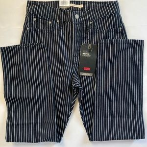 LEVI's Vintage Inspired Wedgie Straight Jeans